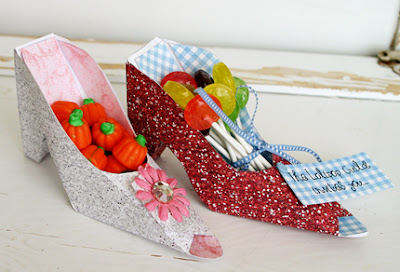 DIY Paper Shoe {Party Giveaway}