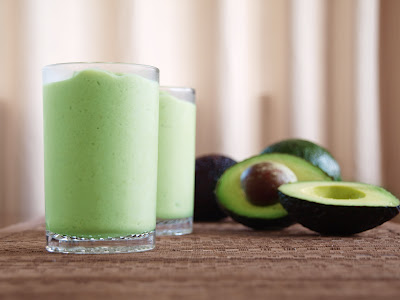 Nutty Avocado Smoothie {A wonderfully creamy drink sure to delight your family!}