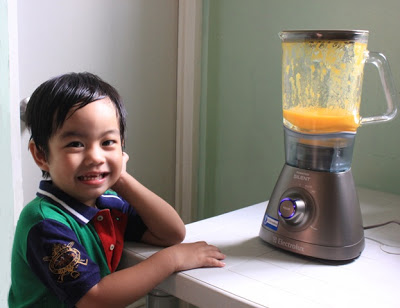This Blender is Oh So Quiet! {The Electrolux Powermix Silent}