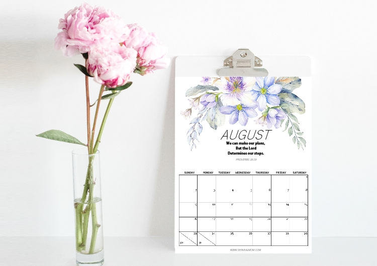 August calendar printables