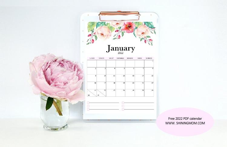 Free Printable  PDF Calendar 2022 in Gorgeous Florals!